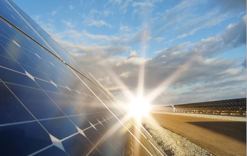 Molten Salt Gives Concentrated Solar a Unique Advantage