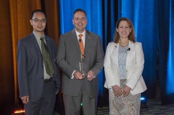 L to R: Spring Meeting program chair Leo Chang, Chemours CEO Mark Vergnano, and 2018 AIChE President Christine Seymour