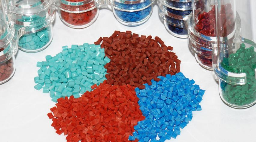 Bioplastics Exhibit Anti-bacterial Properties | AIChE