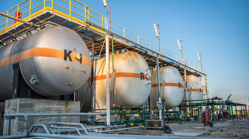 New Executive Orders Fast-track Oil and Gas Pipelines